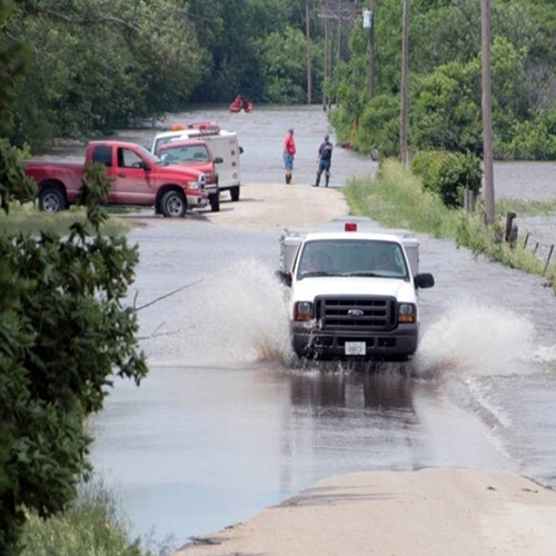 How to Get or Give Help During a Flood Emergency